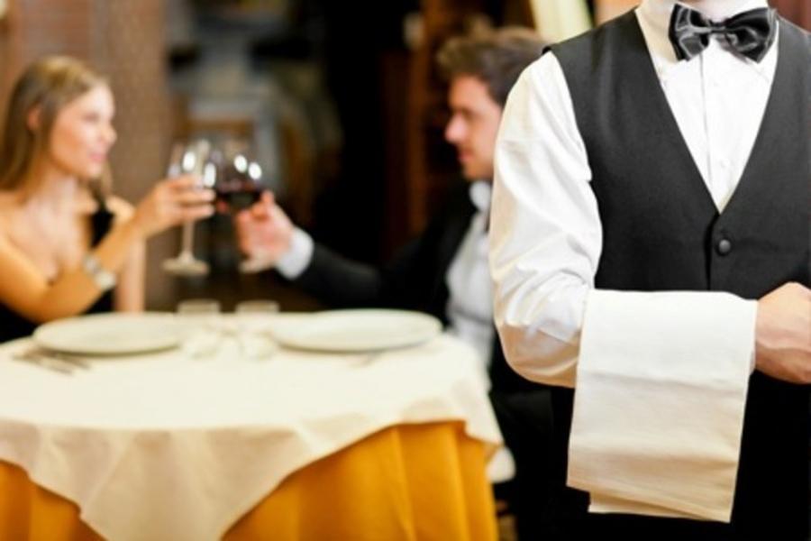 Orosei (Nu): cercasi due camerieri per azienda operante nel settore Turistico