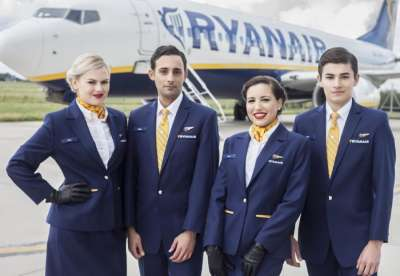 Ryanair assume assistenti di volo: Recruiting Day a Roma il 19 giugno