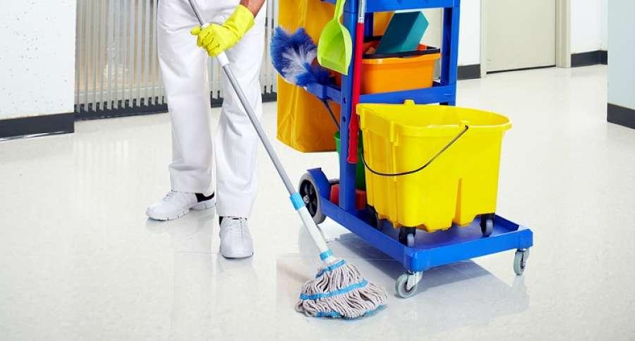 Risultati immagini per addetti pulizie